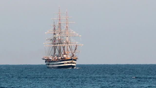 美しい旧帆船