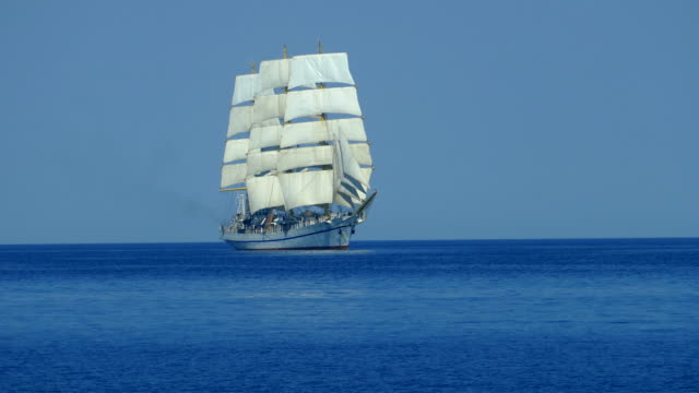 beautiful old sailing ship - veliero video stock e b–roll