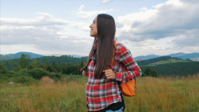 80 Top Backpacker Cute Woman Video Clips & Footage - Getty Images