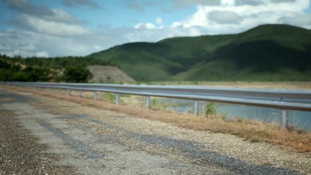 美しい road とタイの風景。車のドライブを選択します。 - landscape scenery点の映像素材/bロール