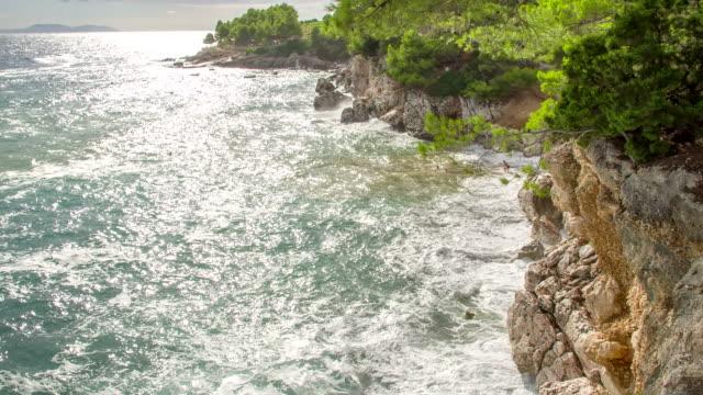 ws ds beautiful rocky coastline - rocky coastline stock videos & royalty-free footage