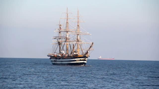 美しい帆船