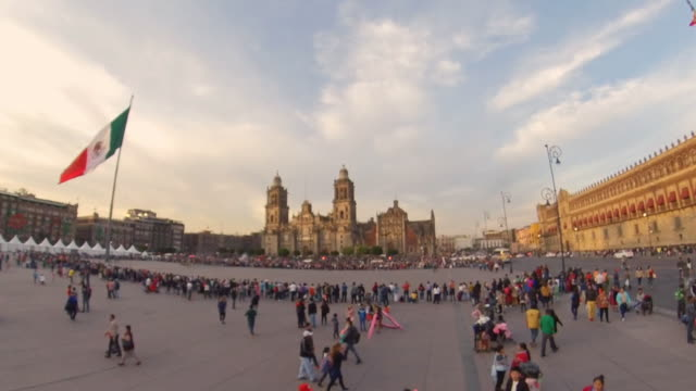 beautiful sunset shot of the zocalo in mexico city - zocalo mexico city stock videos & royalty-free footage