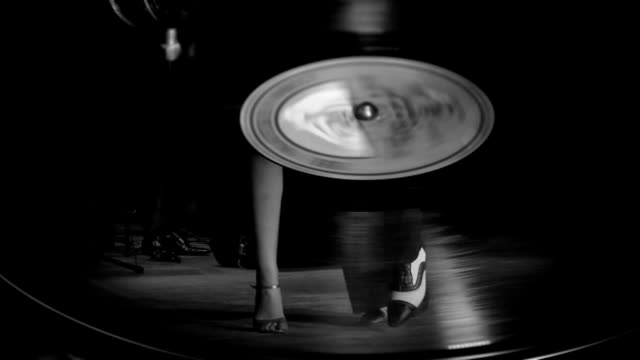 beautiful tango on a gramophone record - tangoing stock videos & royalty-free footage
