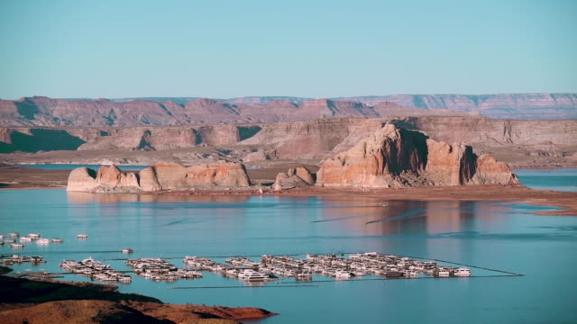 beautiful view of lake powell at wahweap viewpoint - river colorado stock videos & royalty-free footage