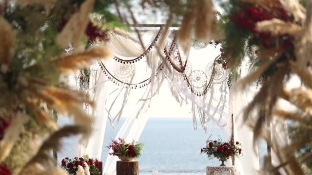 美しい結婚式を設定します。 - プーケット県点の映像素材/bロール