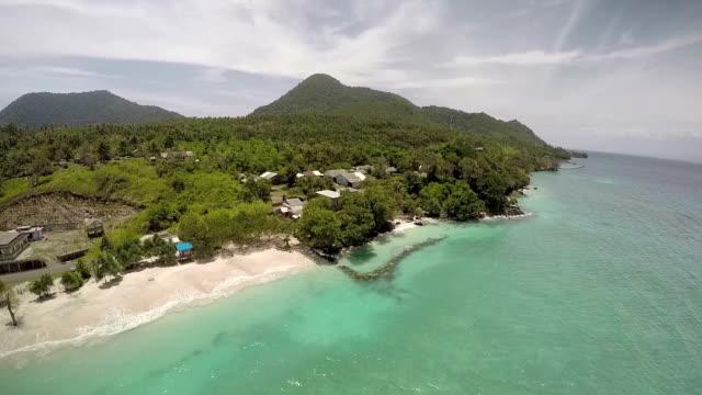 vídeos y material grabado en eventos de stock de beautiful weh island coast - mar de andamán