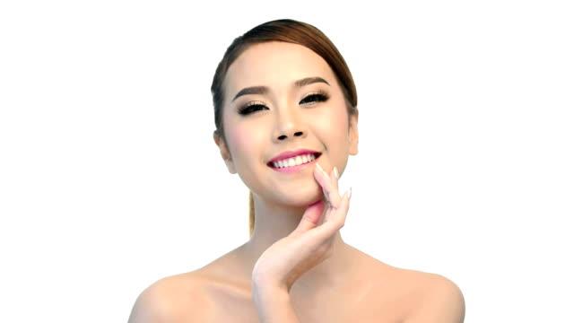 Vacker ung kvinna face närbild