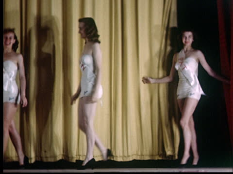 ws, pan, beauty contest, women entering stage, 1950's, oklahoma, usa - beauty contest stock videos & royalty-free footage
