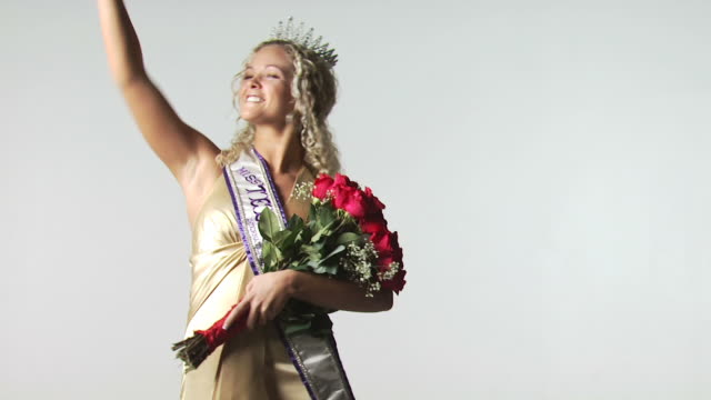 beauty pageant winner - beauty contest stock videos & royalty-free footage