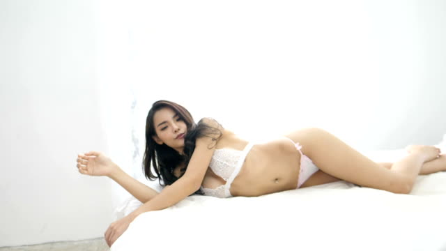 Sexy yoga milf