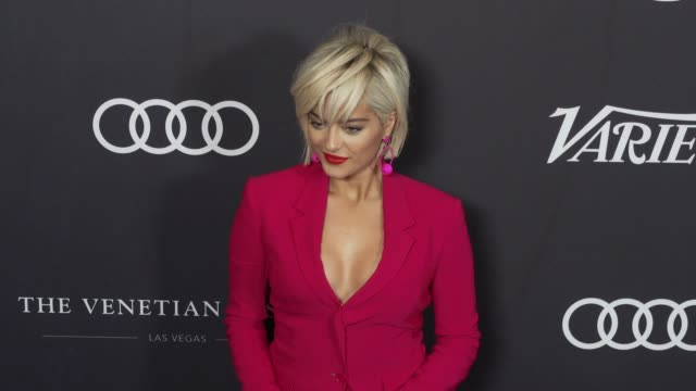 bebe rexha at the variety's power of women: los angeles at the beverly wilshire four seasons hotel on october 12, 2018 in beverly hills, california. - フォーシーズンズホテル点の映像素材/bロール