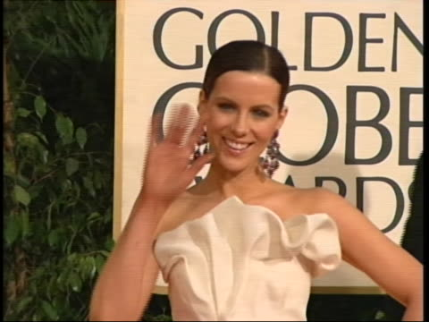 beckinsale tilt down and back up gown mcu beckinsale smiling - the beverly hilton hotel stock videos & royalty-free footage