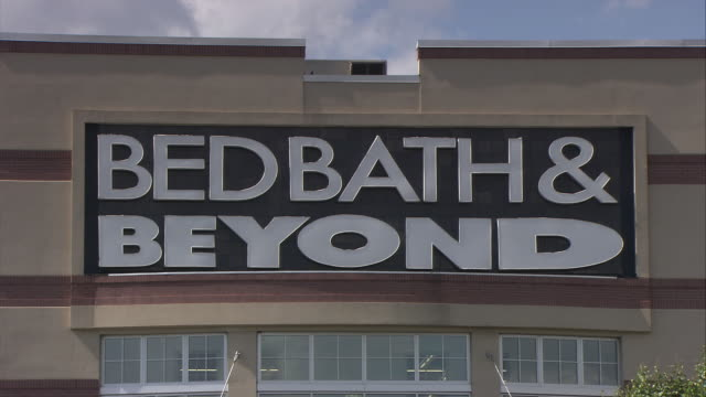 cu bed, bath and beyond sign on building / elmsford, new york, usa - western script stock videos & royalty-free footage