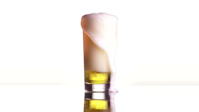 vídeos de stock, filmes e b-roll de dose de cerveja - encher