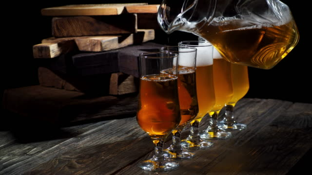 beer on the bar counter - bricco video stock e b–roll