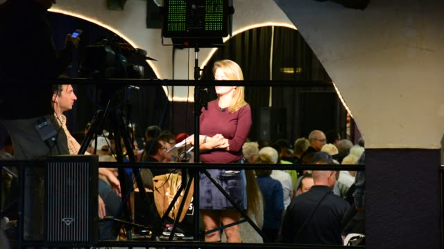 before during and after the rally - allgemeine wahlen stock-videos und b-roll-filmmaterial