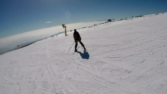 beginner skier - ski stock videos & royalty-free footage