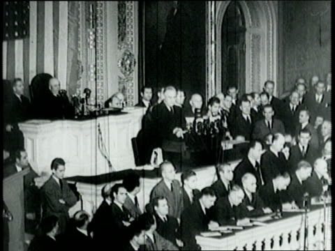 vídeos y material grabado en eventos de stock de beginning of pearl harbor speech by franklin d roosevelt before congress gathered in house of representatives / congress applauds / discusseses the... - franklin roosevelt