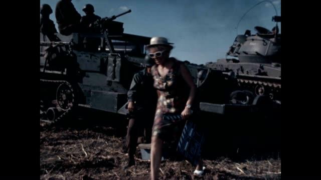 stockvideo's en b-roll-footage met behind the scenes of tank fire from the john guillermin film the bridge at remagen shot on location in prague - pantservoertuig