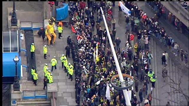 london torch procession disrupted by tibet protesters air views of torch relay and protests air view of river bus pier on the south bank at royal... - royal festival hall stock videos & royalty-free footage
