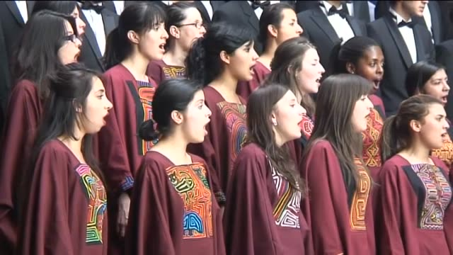tamara gil colombia's university of the andes choir received enthusiastic applause following a flawless performance before a chinese audience in... - künstlerische darbietungen stock-videos und b-roll-filmmaterial