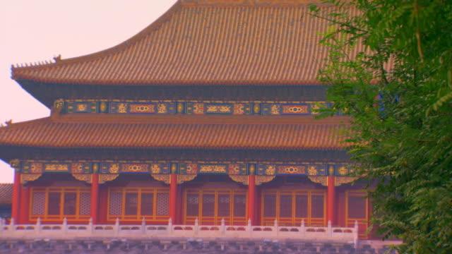 vídeos de stock, filmes e b-roll de beijing, chinatiananmen square, tian'an men square, - portão da paz celestial de tiananmen