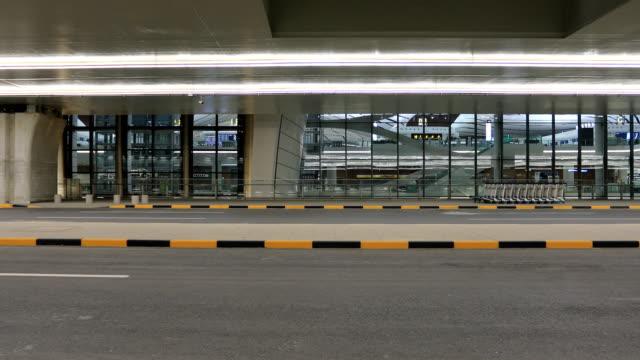 beijing daxing international airport - flugpassagier stock-videos und b-roll-filmmaterial