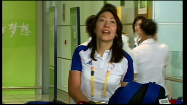 british cycling team arriving at airport chris hoy interview sot hoy along through airport - hoy stock videos & royalty-free footage