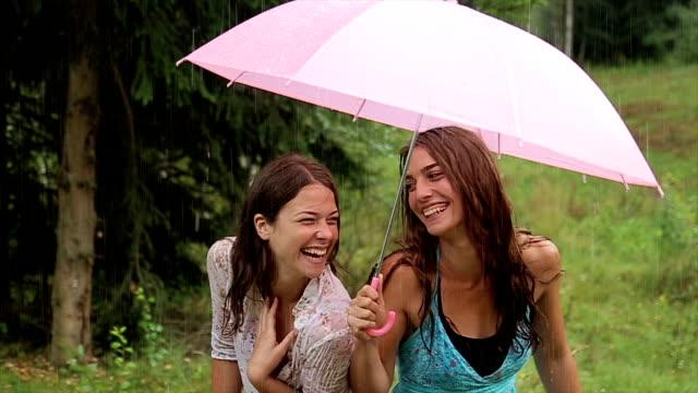 In de regen is leuk