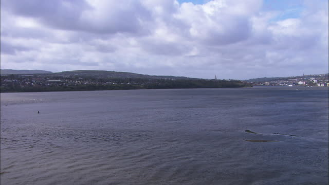 belfast bay from foyle bridge, northern ireland, pan left - wide stock videos & royalty-free footage