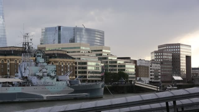 belfast on the river thames, london, united kingdom. - office block exterior stock videos & royalty-free footage