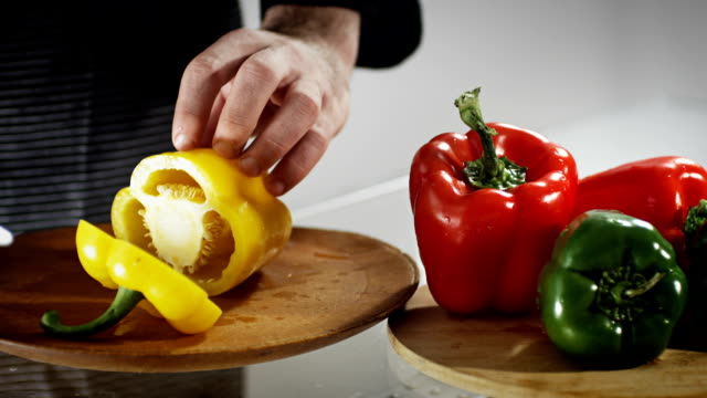 bell pepper slicing - bell pepper stock videos & royalty-free footage