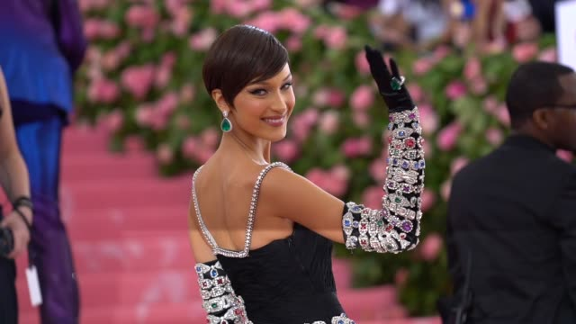 bella hadid at the 2019 met gala celebrating camp notes on fashion arrivals at metropolitan museum of art on may 06 2019 in new york city - bella hadid stock videos & royalty-free footage