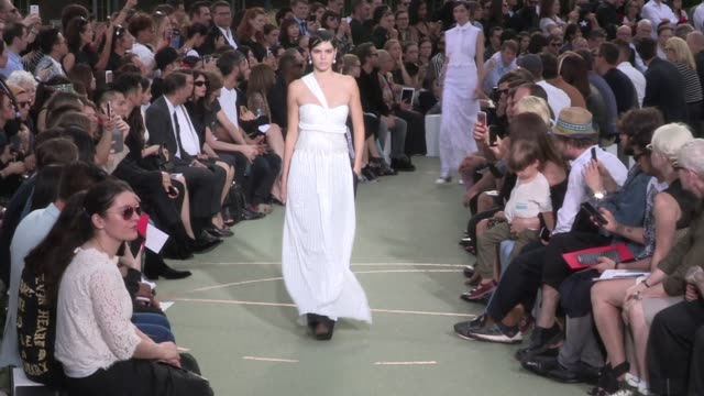 bella hadid irina shayk natalia vodianova kendall jenner mariacarla boscono joan smalls and fellow models walk the runway for the givenchy menswear... - joan smalls stock videos & royalty-free footage