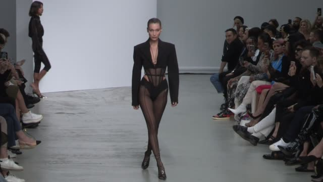 bella hadid yasmin wijnaldum karen elson and more models on the runway for the mugler spring summer 2020 fashion show at the palais de tokyo on paris... - paris fashion week stock videos & royalty-free footage