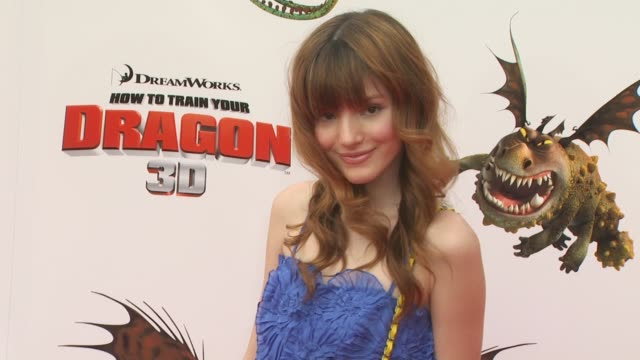 bella thorne at the 'how to train your dragon' premiere at universal city ca - how to train your dragon stock videos & royalty-free footage