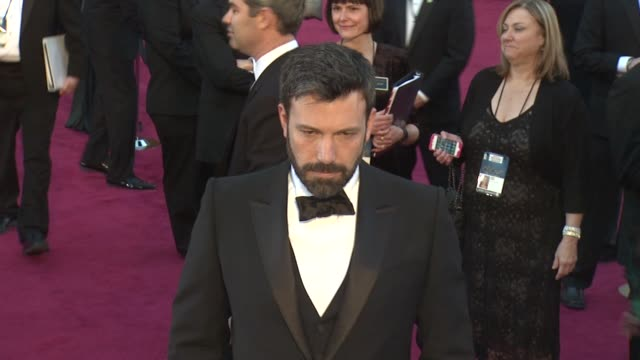 ben affleck at 85th annual academy awards arrivals on 2/24/13 in los angeles ca - ben affleck stock videos & royalty-free footage