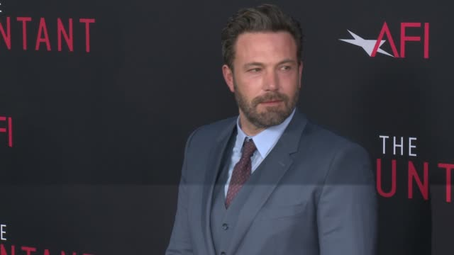 ben affleck at the accountant premiere in los angeles ca - ben affleck stock videos & royalty-free footage