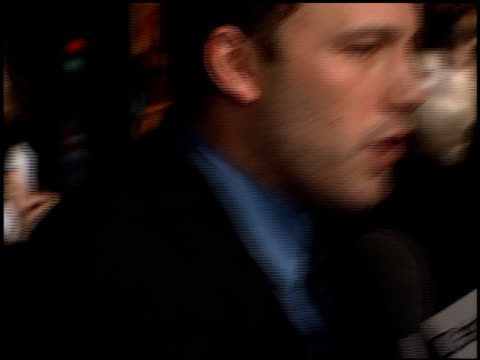 ben affleck at the 'reindeer games' premiere at the el capitan theatre in hollywood california on february 21 2000 - el capitan theatre stock videos & royalty-free footage