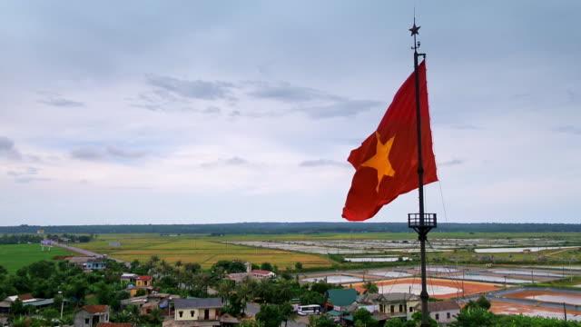 ben hai river in vietnam marking 17th parallel - hai river stock videos & royalty-free footage