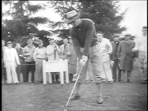 stockvideo's en b-roll-footage met ben hogan / sam snead / dave reese - 1947
