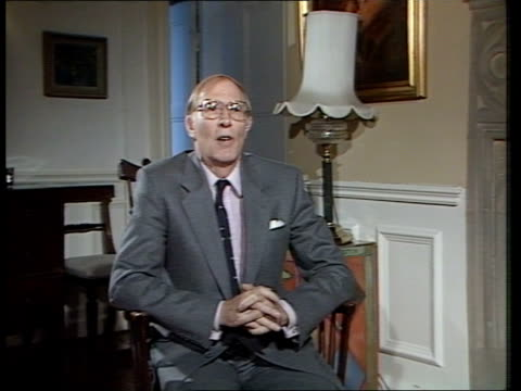 stockvideo's en b-roll-footage met roger bannister interview; itn england: oxford: pembroke college: int 2 way interview sir roger bannister intvw sof - well it's of course ---- a new... - pembroke