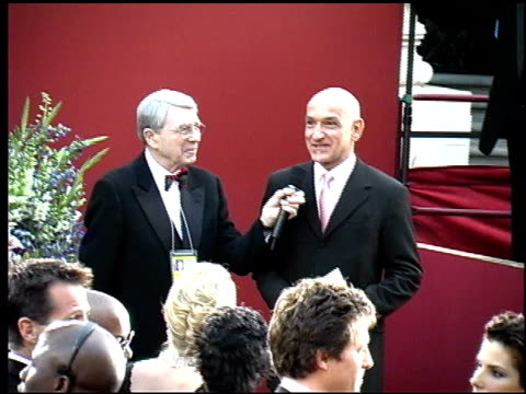 Ben Kingsley at the 2002 Academy Awards Arrivals at the Kodak Theatre in Hollywood California on March 24 2002