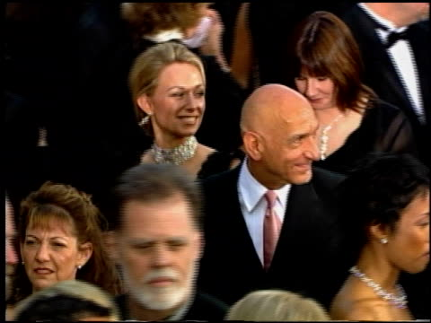 ben kingsley at the 2002 academy awards at the kodak theatre in hollywood california on march 24 2002 - ben kingsley stock videos & royalty-free footage