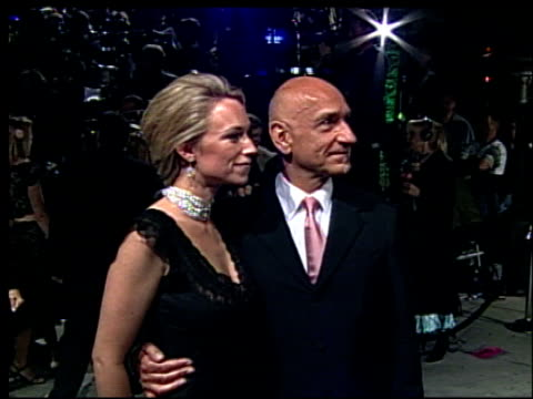 ben kingsley at the 2002 academy awards vanity fair party at morton's in west hollywood california on march 24 2002 - オスカーパーティー点の映像素材/bロール
