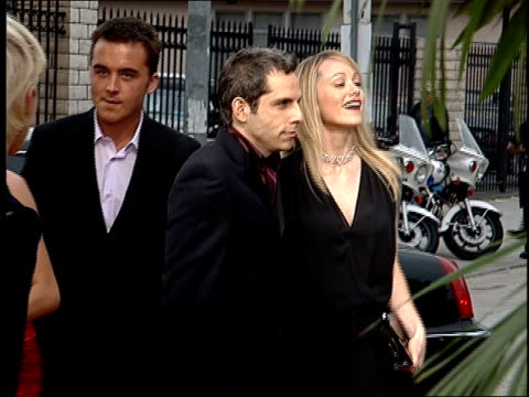 ben stiller and christine taylor arriving on the red carpet at the 2001 mtv movie awards. - christine taylor stock videos & royalty-free footage