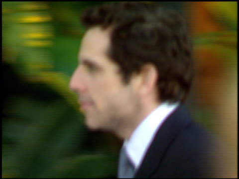 stockvideo's en b-roll-footage met ben stiller at the 1998 academy awards vanity fair party at morton's in west hollywood california on march 23 1998 - 70e jaarlijkse academy awards
