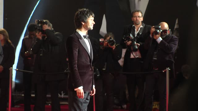 ben whishaw at 'skyfall' royal world premiere at royal albert hall at royal albert hall on october 23, 2012 in london - ben whishaw stock videos & royalty-free footage