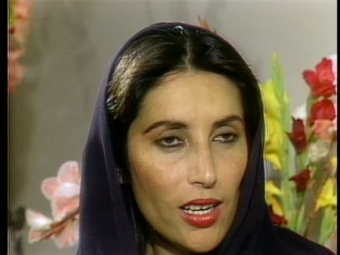 benazir bhutto says she seeks good relations with the united states and feels a more democratic government in pakistan would strengthen that bond - united states and (politics or government) stock videos & royalty-free footage